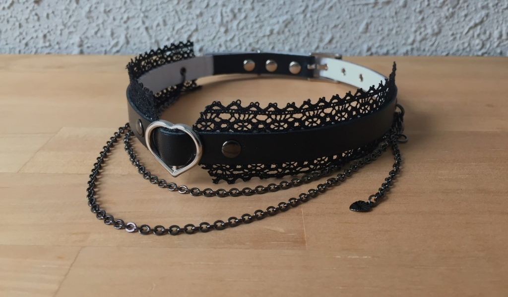 Light and shadow collar